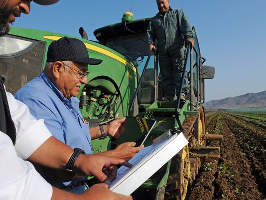 Using HeavyConnect on a tablet in the field